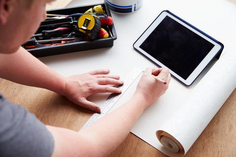 DIY (Do It Yourself) Website Builders